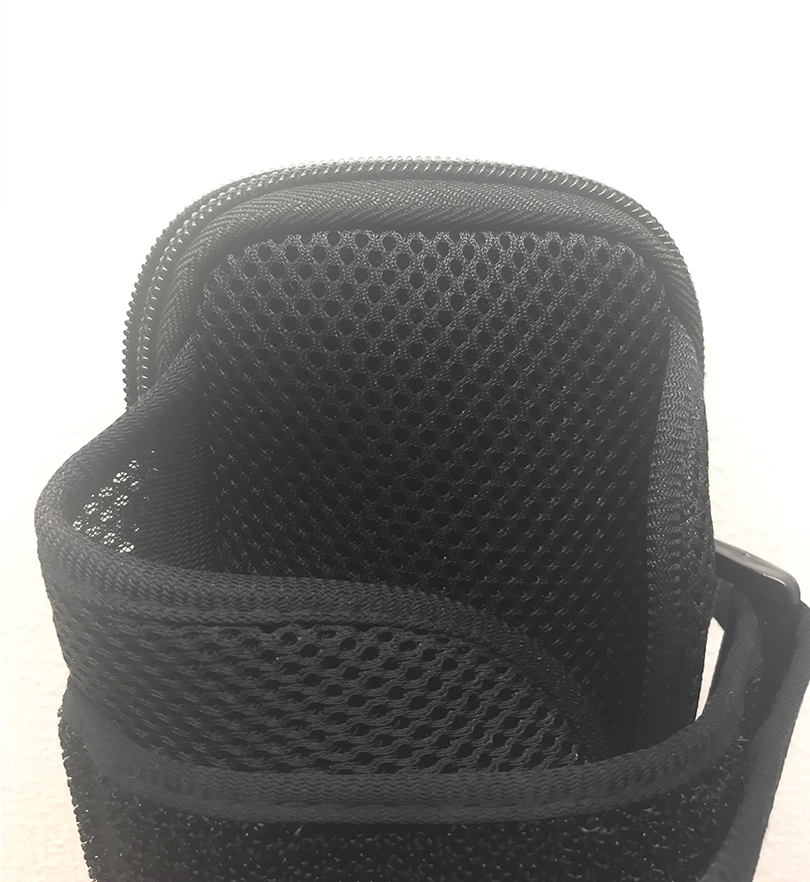 UMATES Arm Pouch Inside Material